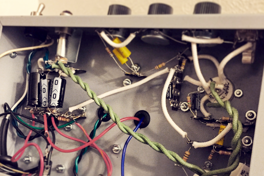 How Guitar Amps Work And What You Can Do To Start Tweaking Your Own