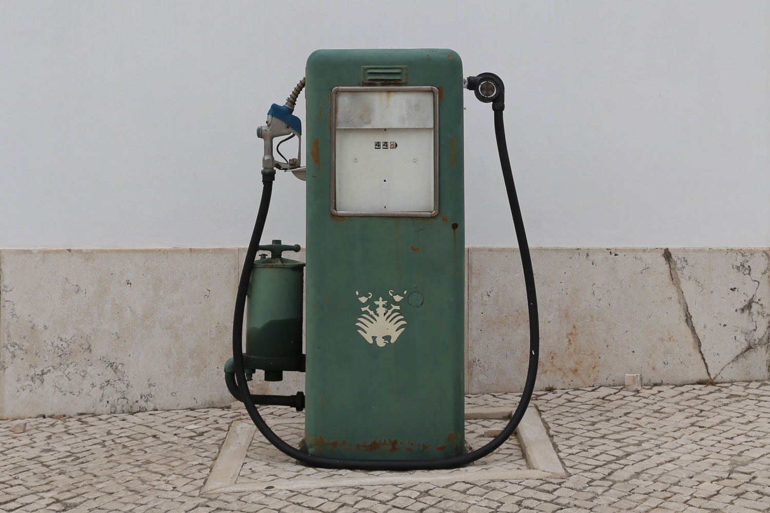Where You'll Find The Cheapest And Most Expensive Gas While Touring