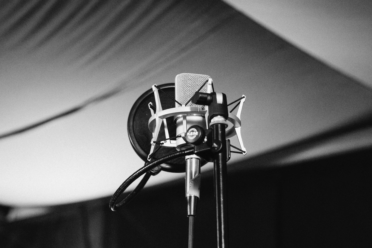 How To Record Vocals At Home On A Budget