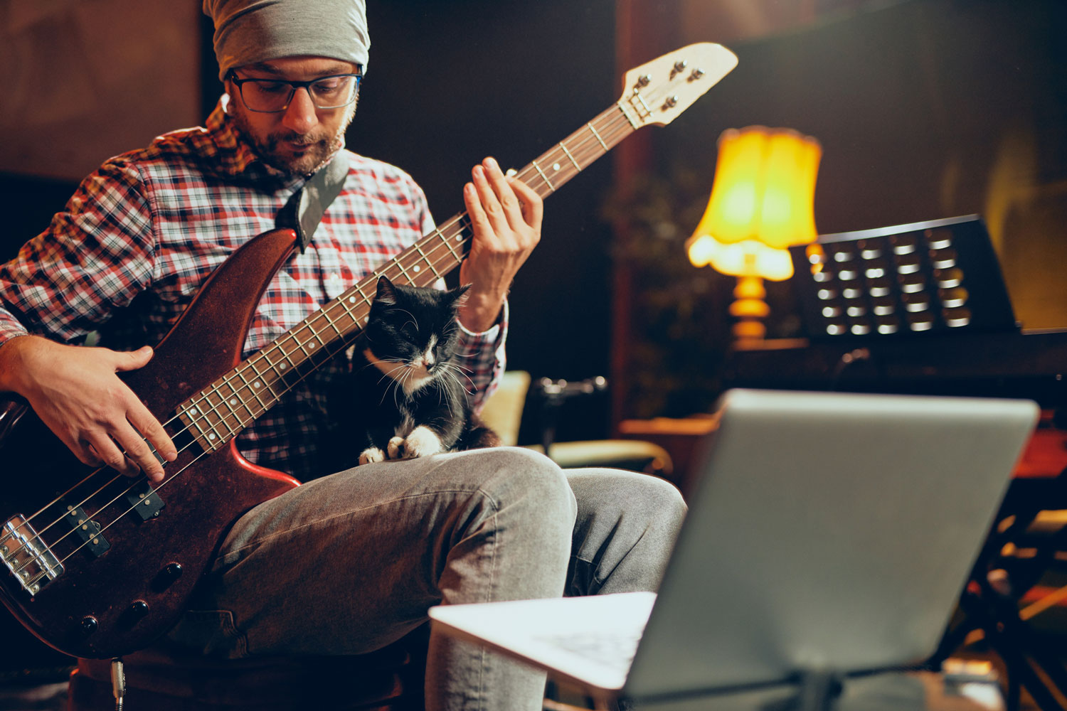 How Keeping A Strict Songwriting Schedule Can Dramatically Improve Your Music Career