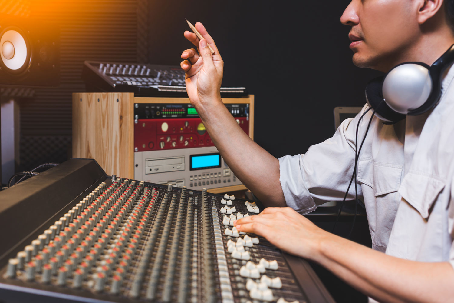 Top 5 Mixing Tips For Music Producers
