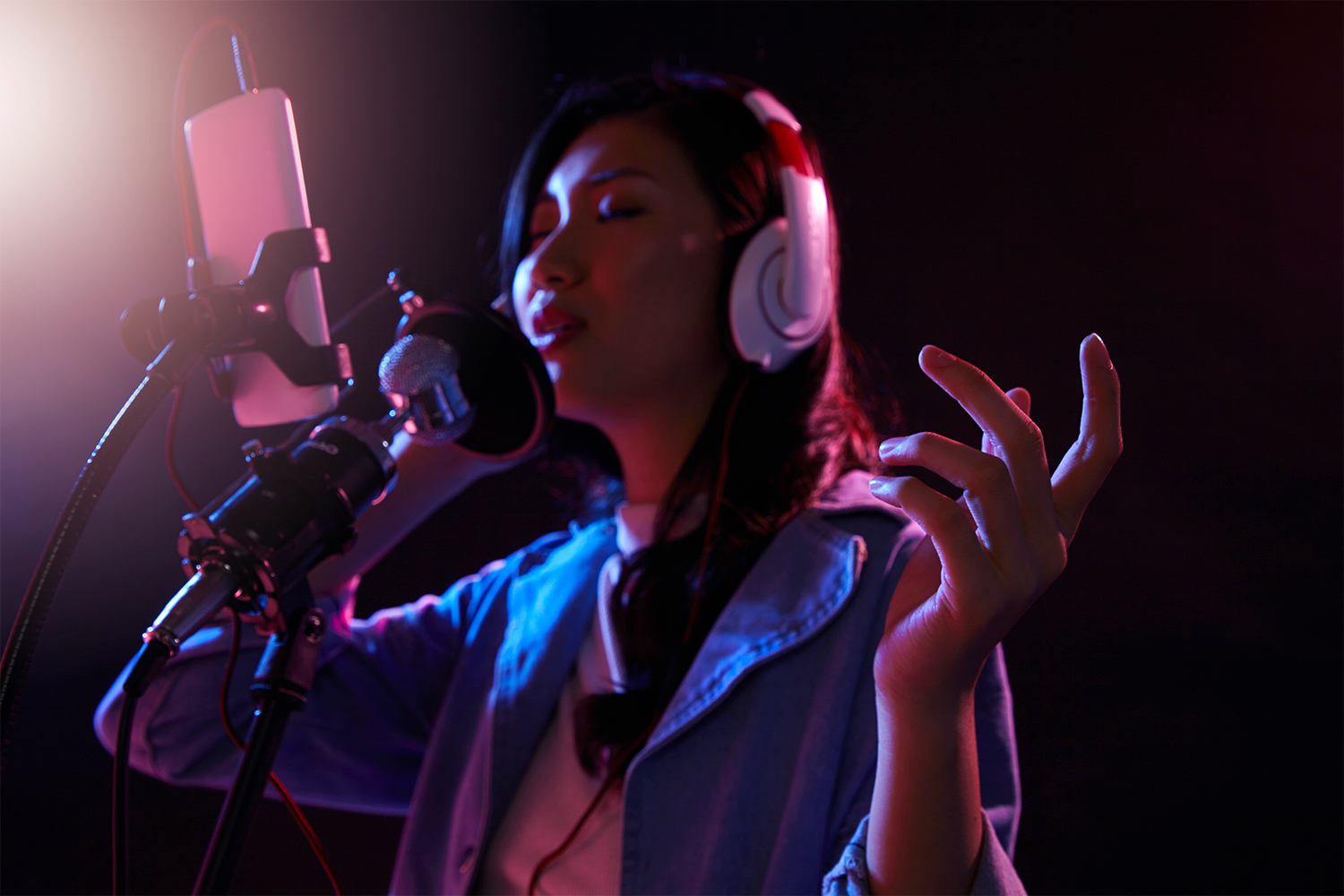 3 Benefits Livestreaming Gives New Artists