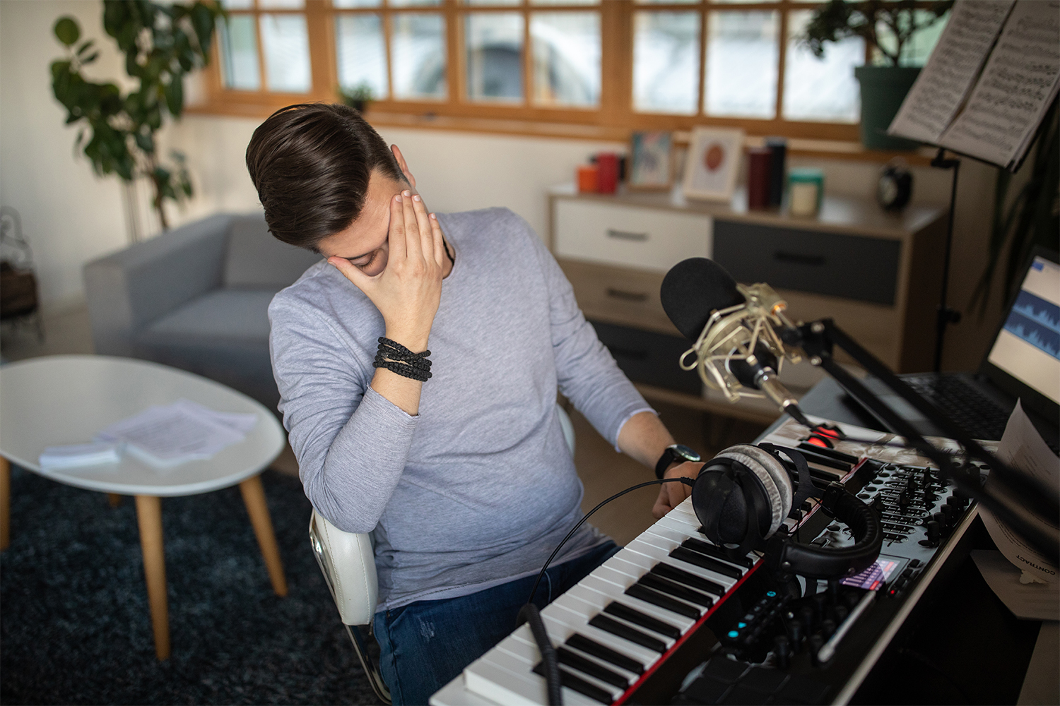 5 Things To Try When You Can't Finish A Song