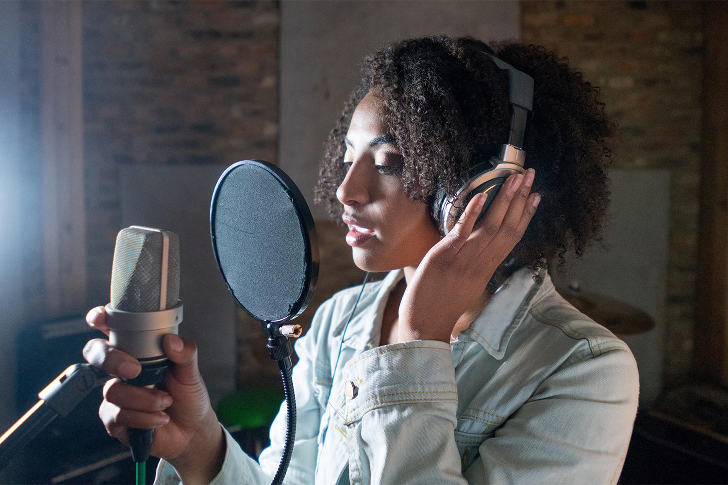 4 Tips For Recording Your Own Sessions